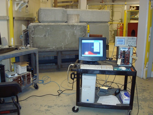 The neutron diffractometer is set in a radial port of the KSU TRIGA Mark II nuclear reactor.