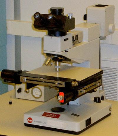 Leitz Ergolux Inspection Microscope