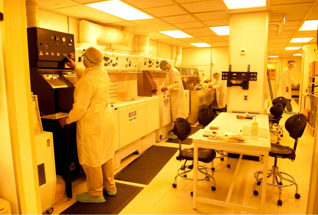 Chemical processing bay in the class 100 radiation detector fabrication facility.