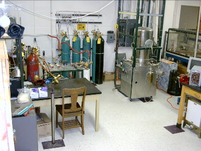 A view of the ampoule stations and the vacuum RTA in room 16 Ward Hall.