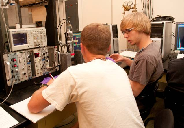 Students learn about radiation detection and learn to operate various types of radiation detectors, including gas-filled, scintillator, and semiconductor detectors.